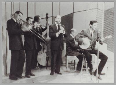 Bob Hodes Band: Jim Leigh, Bob Hodes, Peter Allen, Bob Helm, Don Ewell, Jack Vastine