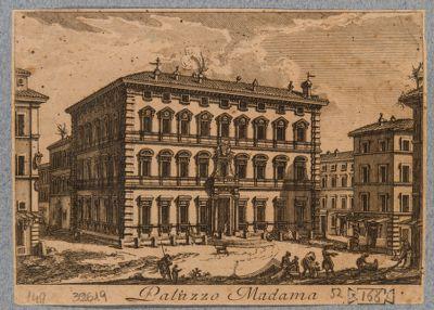 Palazzo Madama. Veduta generale con la piazza antistante