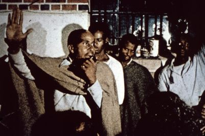Zimbardo's Stanford Prison Experiment - Psychologist World
