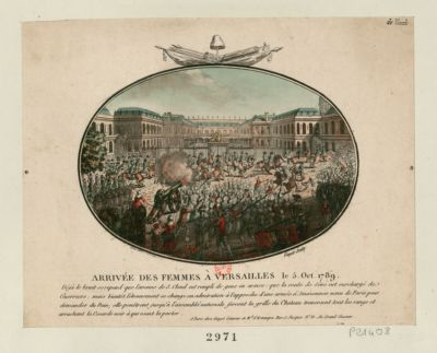 Arrivée des femmes à Versailles le 5 oct. <em>1789</em> déjà le bruit se repend que l'avenue de S. Cloud est rempli de gens en armes : que la route de Sève est surchargé de guerriers : mais bientôt l'étonnement se change en admiration à l'approche d'une armée d'amazonnes venu de <em>Paris</em> pour demander du pain ; elle penêtrent jusqu'à l'Assemblée nationale forcent la grille du chateau traversent tout les rangs et arrachent la cocarde noir à qui osent la porter : [estampe]