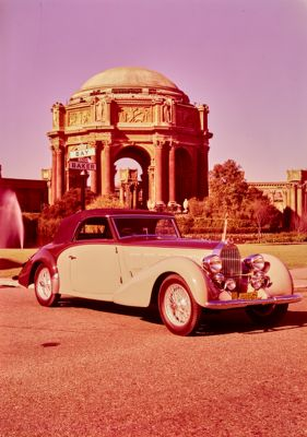 Bugatti Type 57. Russ Kelly photographs at Palace of Fine Arts, San Francisco
