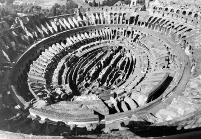 """Colosseum, general view of the interior with the """"carceres"""" (cells)"""