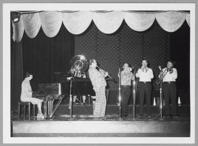San Francisco Jazz All Stars: Norma Teagarden, Bob Short, Bill Napier, Ev Farey, Bob Neighbor, Bob Mielke, and Monte Ballou (obscured)