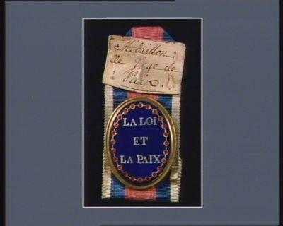 LA  LOI // ET // LA PAIX