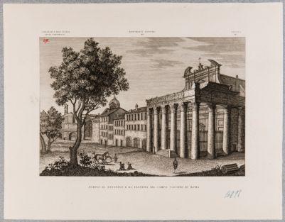 Tempio di Antonino e Faustina, scorcio del pronao con edifici verso ponente