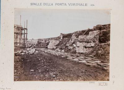 Mura Serviane. Porta Viminale