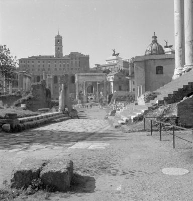 Via Sacra, new branch between the Temple of Antoninus and Faustina and the Regia