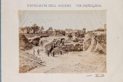 Mura Serviane, resti in via Merulana