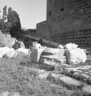 Porticus Gai et Luci, segment of a column at the juncture of the Porticus and the Basilica Aemilia