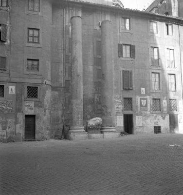 Baths of Nero, two columns discovered on Via S. Giovanna d'Arco; in 1950 erected in Via S. Eustachio