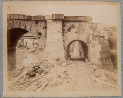 Ponte Elio, testata della spalla destra