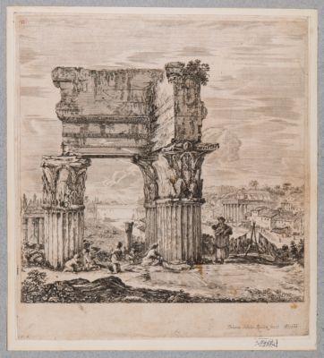 Tempio di Vespasiano, resti del colonnato