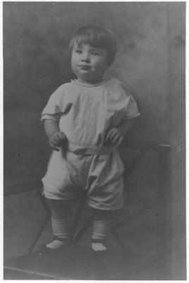 Early childhood photograph of Turk Murphy
