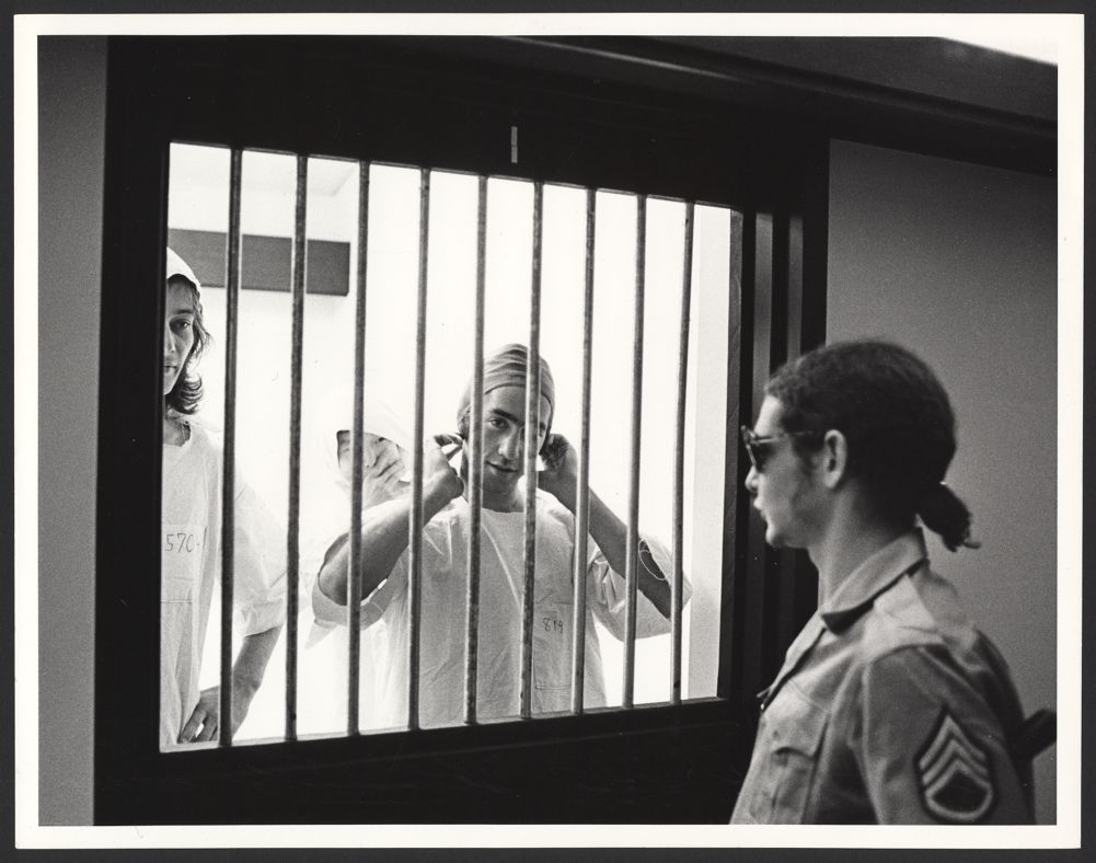 philip zimbardos stanford prison experiment Watch video in 1971, twenty-four male students are selected to take on randomly assigned roles of prisoners and guards in a mock prison situated in the basement of the stanford psychology building.