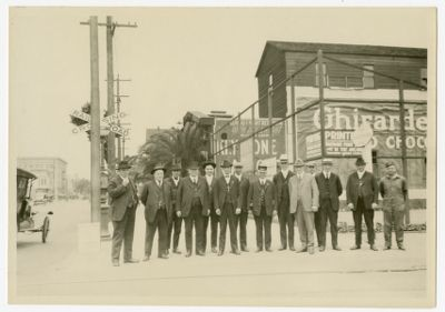 Group of employees at 22nd & Telegraph, June 1922