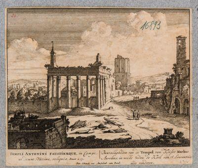 Tempio di Antonino e Faustina, pronao con resti di cella