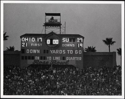 Athletics -- football -- Rose Bowl -- 1971