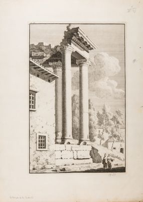 Tempio di Saturno, colonnato con casa
