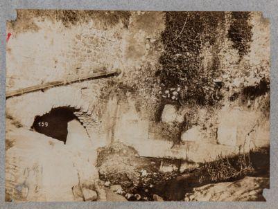 Cloaca, resti delle mura
