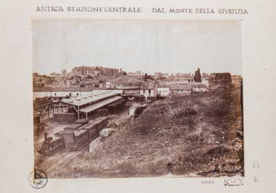 Mura Serviane presso la stazione ferroviaria
