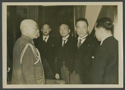 Wang Jingwei with Hajime Sugiyama