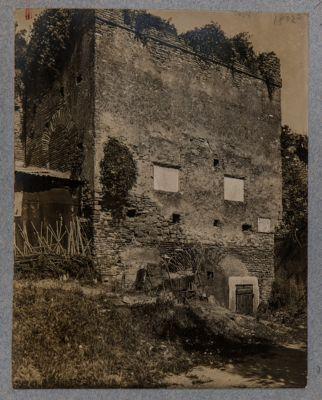 Porta Metronia, controporta nel bastione postico